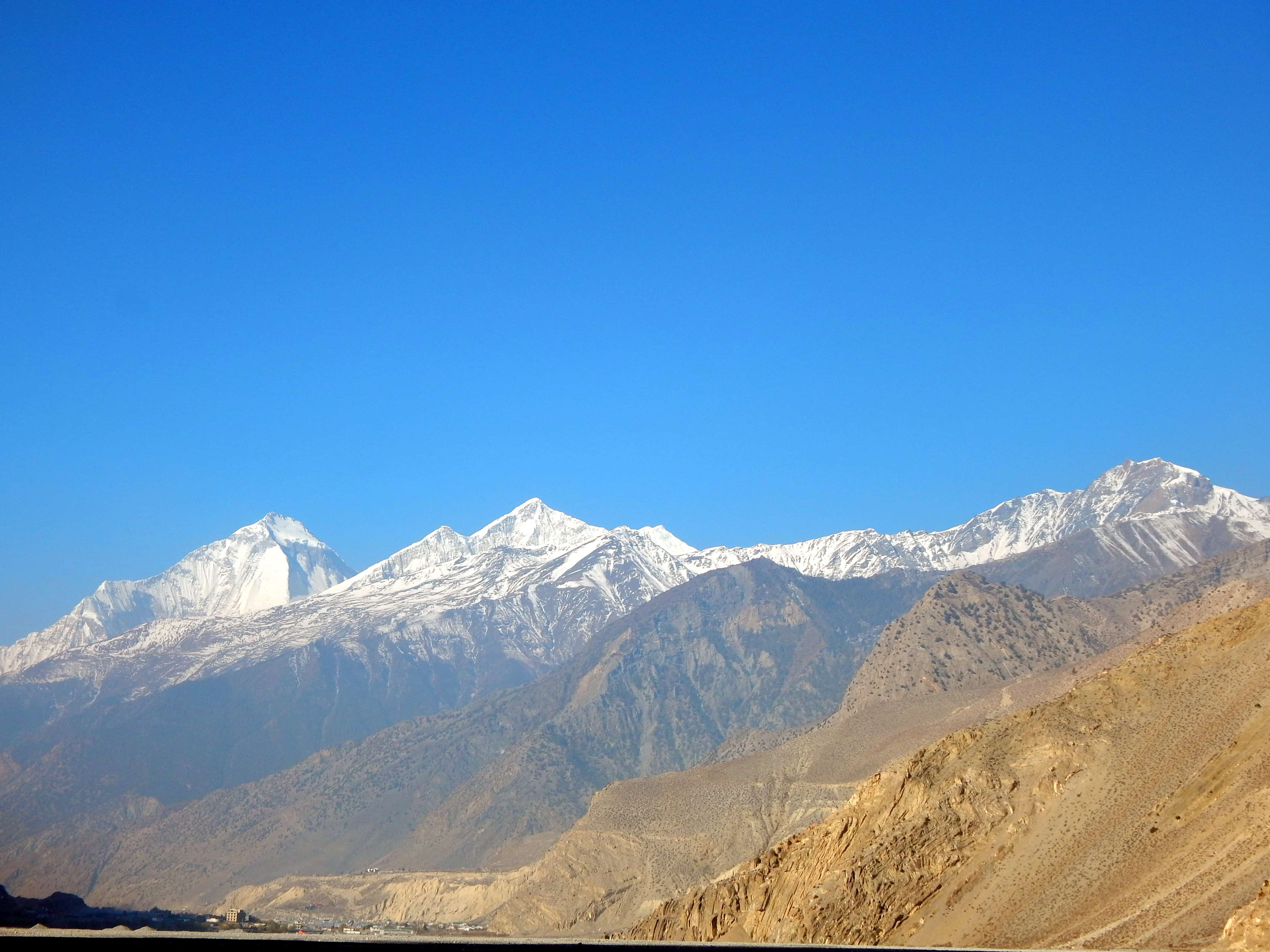 mountain view from mustang